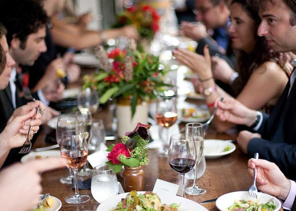 Reunión Familiar En Un Restaurante Superlento Diario De Un Glotón